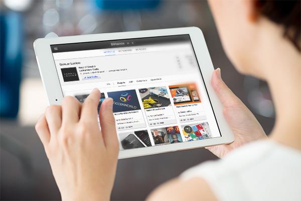 iPad Photo MockUp Template