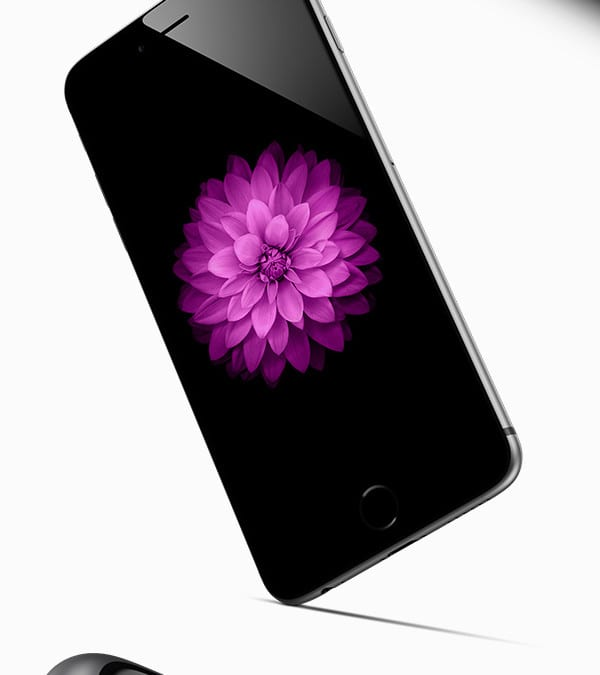 iPhone 6 PSD Vector MockUps – 3 Viewing Angles