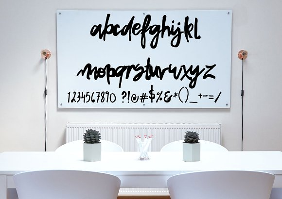 Snap Dragon Free Script Typeface