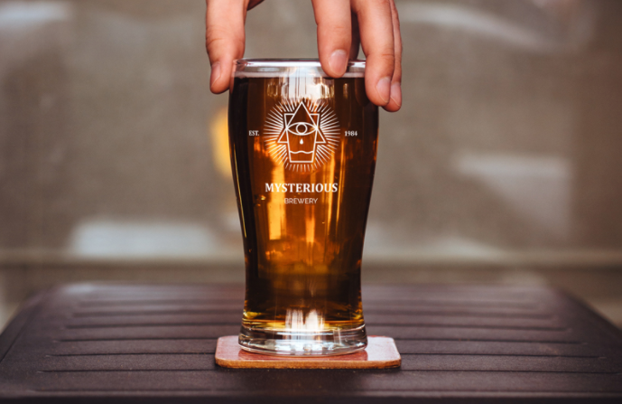 free beer glass psd mockup template
